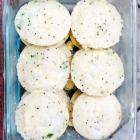 Soft Puffy Rava Idlis (Sooji/Cream of Wheat Muffins)