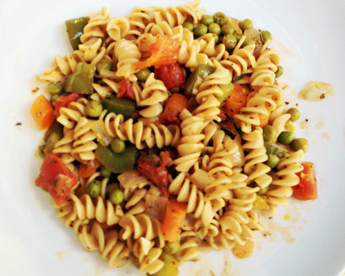 Rotini Veggie Medley - Italian food is amazing!
