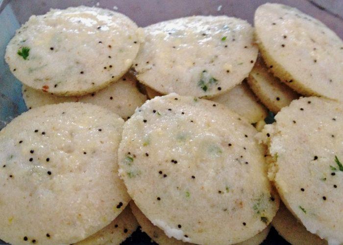Rava Idlis - Tasty by itself or Idli Powder