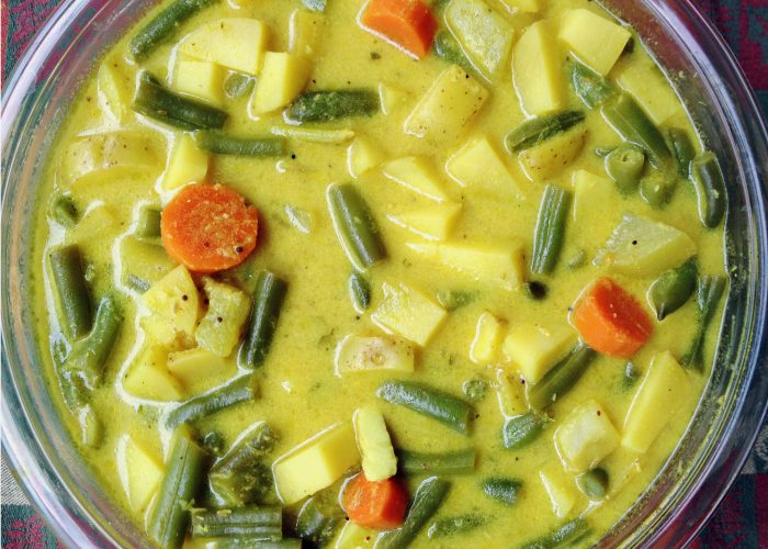Yoghurt Veggie Stew - Delicious Dish that is so pretty too!