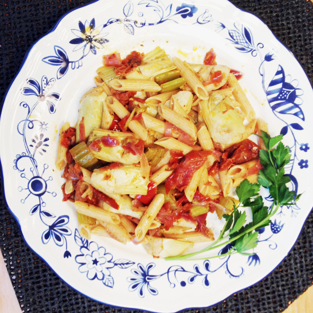 Pasta with Artichoke Hearts and Oven-dried Tomatoes...so healthy
