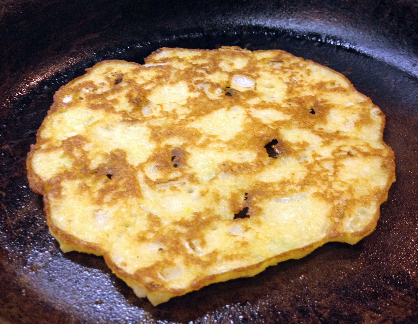 Crispy Rice and Lentils Pancakes (Adai)
