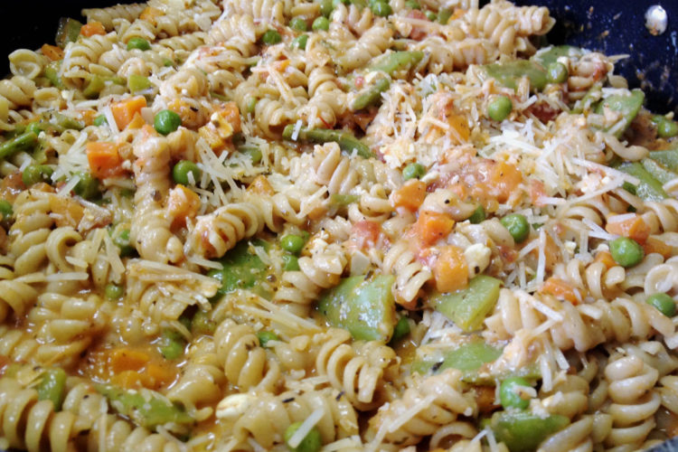 Spicy Tangy Rotini Pasta